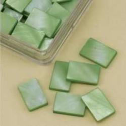 Mozaik školjka biserna matica svetlo zelena 15 x 20mm 20k