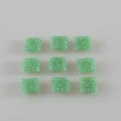 Steklen mozaik 10 x 10mm, Sv. zelena 125g. ca 180 kosov