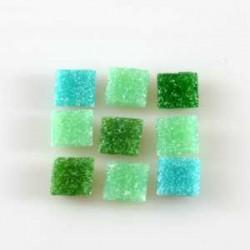 Steklen mozaik 10 x 10mm, Mešane zelene 125g. ca 180 kosov