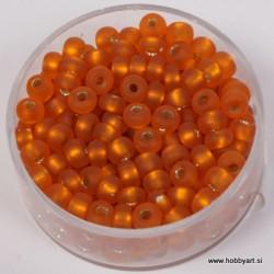 Perle srebrna sredica mat 4,5mm oranžne 17g.